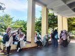 orang-tua-siswa-masih-datangi-posko-pelayanan-ppdb-disdik-sumbar-rabu-2362021.jpg