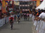 pembalap-australia-jesse-ewart-berhasil-finis-terdepan.jpg
