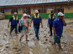 penampakan-sebuah-bangunan-sd-di-solok-selatan-4-hari-pasca-banjir-yang-melanda.jpg