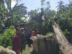 pohon-tumbang-menimpa-rumah-warga-di-malai-mudo.jpg