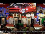 suasana-debat-perdana-pasangan-calon-gubernur-dan-wakil-gubernur-sumbar.jpg