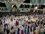 suasana-masjid-raya-padang.jpg