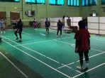 tim-sepak-takraw-sumbar-saat-latihan-di-padang-jumat-1092021.jpg