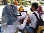 vaksinasi-untuk-pelajar-di-sma-n-1-batang-anai-padang-pariaman-rabu-1472021.jpg