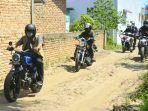 wali-kota-padang-hendri-septa-menggunakan-sepeda-motor-meninjau-pelaksanaan-bbgrm.jpg