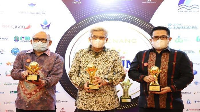 BPR Sumsel Kembali Raih Top BUMD Award 2021, Gubernur Herman Deru Top Pembina BUMD