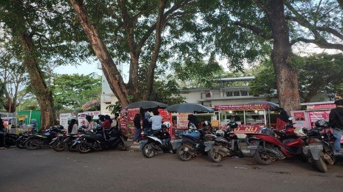 Pedagang Kembali Buka Lapak di Kambang Iwak, Sat Pol PP: Masih Konsisten Larang Kerumunan