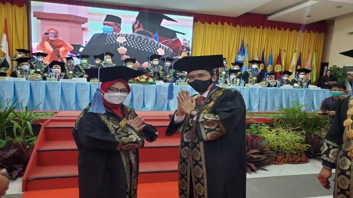 Hasil Dari Perjuangan Panjang, Prof.Dr.Ir. Rusdianasari,M.Si Menjadi Guru Besar Pertama Polsri