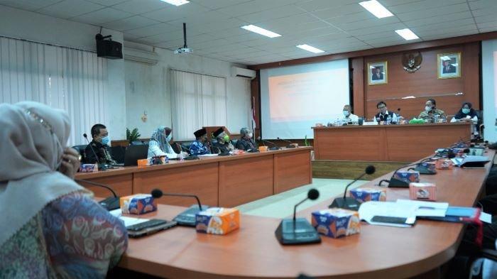 Bupati Minta Dewan Riset Daerah Teliti Dua Kecamatan, Tidak Kunjung Berubah Dari Zona Merah