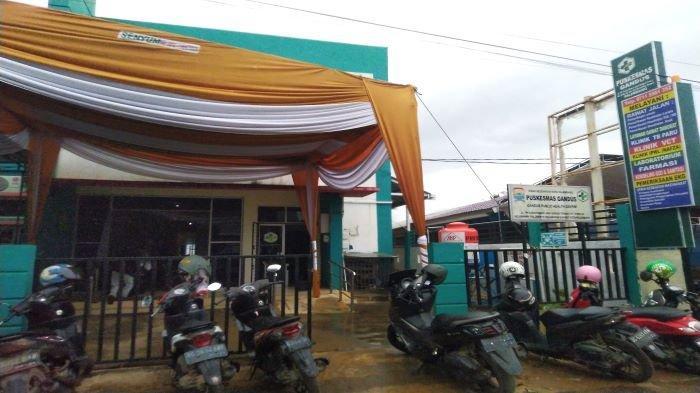 Puskesmas Gandus  menjadi lokasi pelaksanaan vaksinasi perdana di Kota Palembang