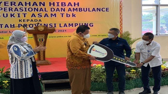 PT Bukit Asam Hibahkan 24 Kendaraan Operasional dan Ambulans, Kepada Pemprov Lampung