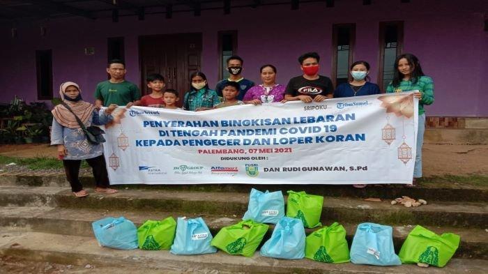 Bakti Sosial, Sriwijaya Post dan Tribun Sumsel Berbagi Kebahagiaan dengan Agen dan Loper Koran