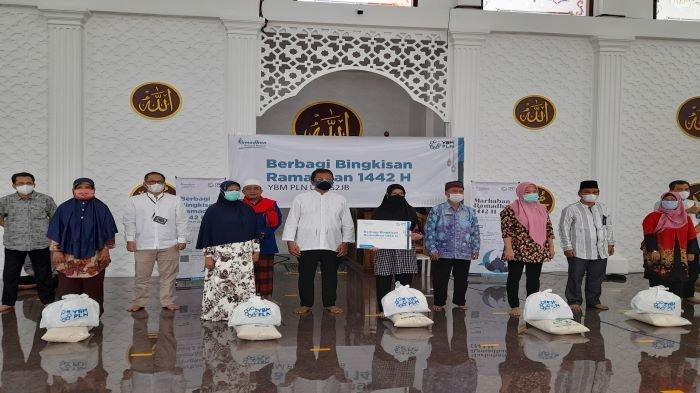 PLN UIW S2JB Palembang Berbagi Bingkisan Ramadan, Dari  Zakat Infak dan Sadakah Karyawan