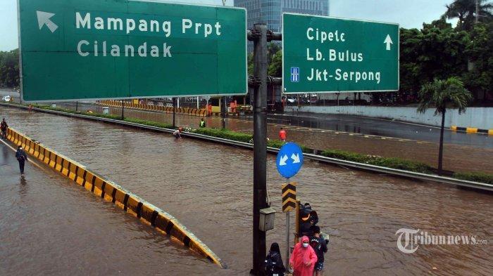Terjadi Tiap Tahun, Kapan Jakarta Bisa Berhenti Dilanda Banjir ? Ini Jawabannya
