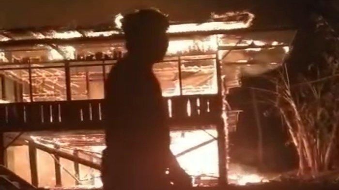 90 Menit Api Lalap Rumah Zakur, Kebakaran di Kecamatan Saling Empat Lawang