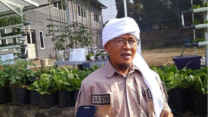 Cegah Penyebaran Virus Corona, Aa Gym Ikuti Fatwa MUI, Himbau Umat Muslim Lakukan Sholat di Rumah