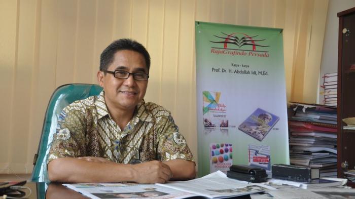 Mental Destruktif! Kata Prof Abdullah Idi Soal Perusakan dan Pencurian Fasum di Palembang