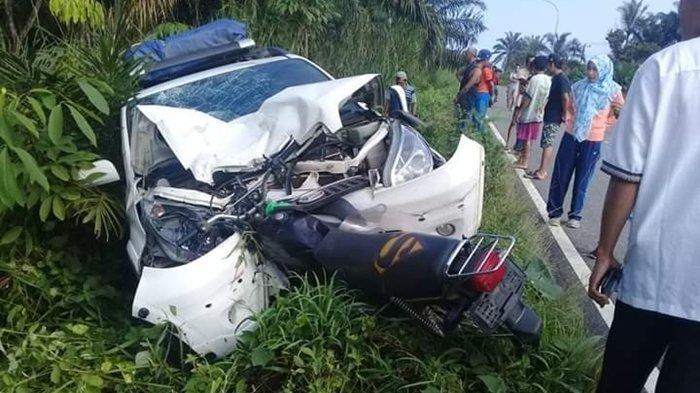 Tabrakan Adu Kambing Motor Vs Mobil di Jalinsum Muratara, Satu Orang Meninggal