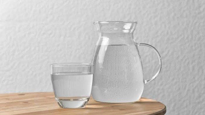 AWAS, Jangan Sembarang Minum Air Putih Saat Sahur, Ini Bahayanya Jika Lalai