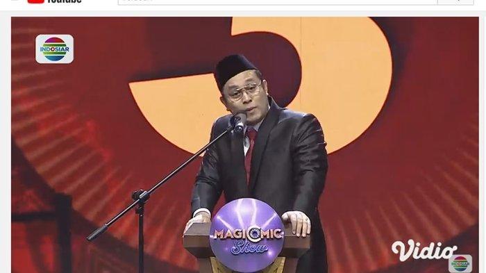 Aksi Gilang Dirga di Panggung Magicomic Show, Tiru Gaya Presiden Indonesia, Tawa Penonton Pecah!