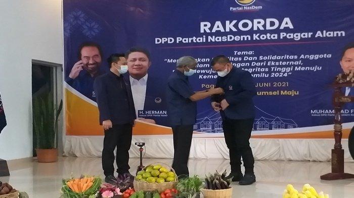 BREAKING NEWS : Walikota Pagaralam Alpian Maskoni Pindah ke Nasdem, Usai Keluar dari PKB
