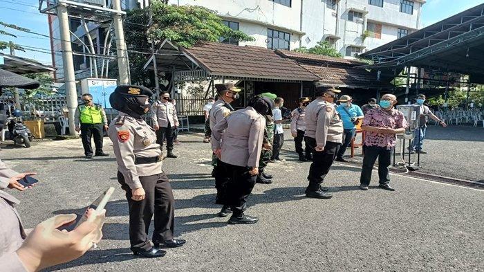 Dir Pam Obvit Polda Sumsel Kombes Pol Mirzal Alwi SIK Pimpin Pengamanan Perayaan Paskah di Palembang