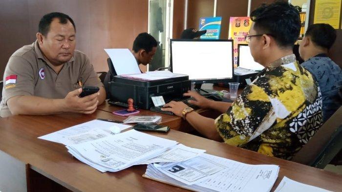 Mengaku Bangunan Pagar Rumahnya Tiba-tiba Dirusak Tetangga, Pria Ini Datangi SPKT Polresta Palembang