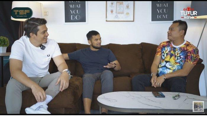 Anang Hermansyah saat ngobrol di kanal youtube The Sungkar Family