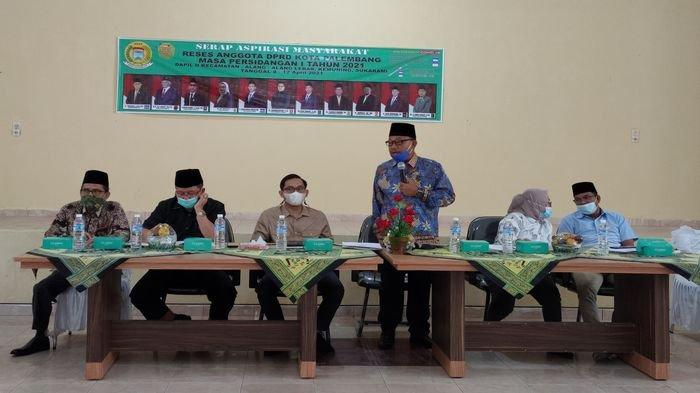 Warga Kecamatan Sukarami Palembang Curhat Masalah Air Bersih, Listrik dan Bansos ke Anggota DPRD