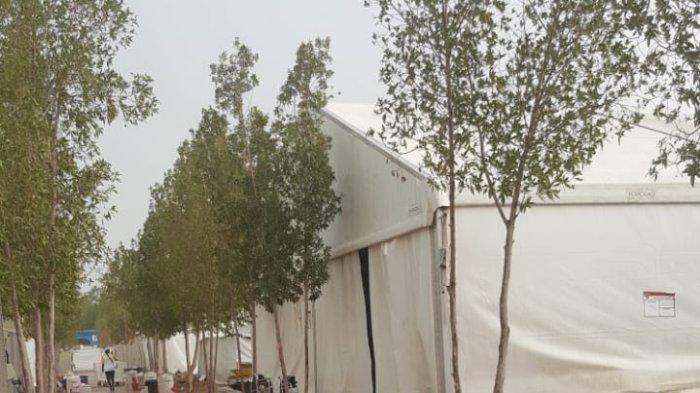 Tenda Jemaah Haji di Arafah Diguyur Hujan Deras dan Aliran Listrik Mati