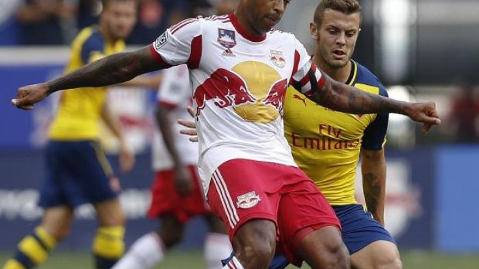 Thierry Henry Kecewa Liverpool Tak Jadi Pecahkan Rekor Arsenal The Invincible di Akhir Musim
