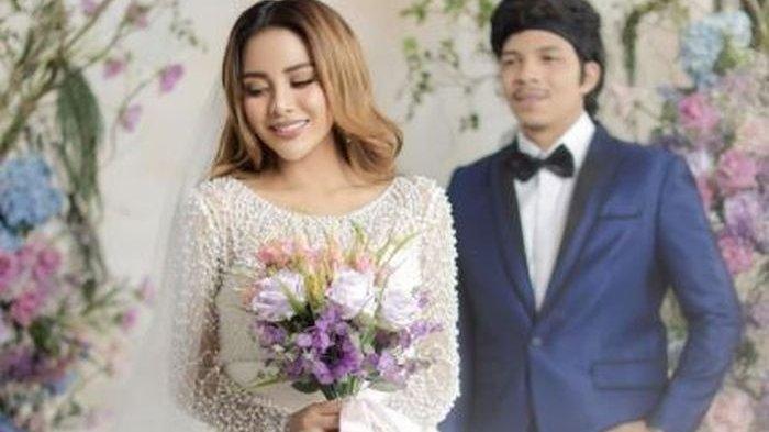 Besok Nikah, Segini Harga Baju Pengantin Atta Halilintar dan Aurel Hermansyah, Fantastis!