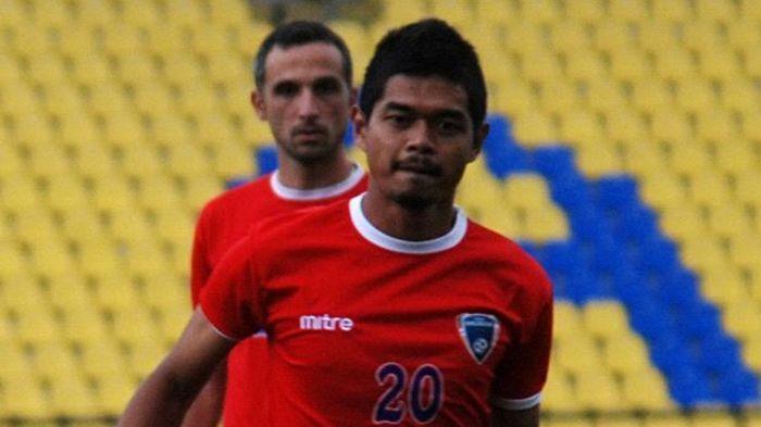 Setelah Laga Persija Jakarta vs Bhayangkara FC Liga 1 2019, Indra Kahfi Incar Jersey Bepe 20