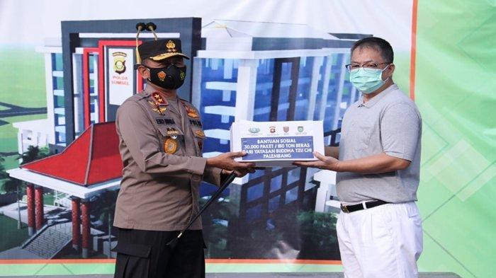 Kapolda Sumsel Terima Bantuan Beras dari Yayasan Budha Tzu Chi Palembang
