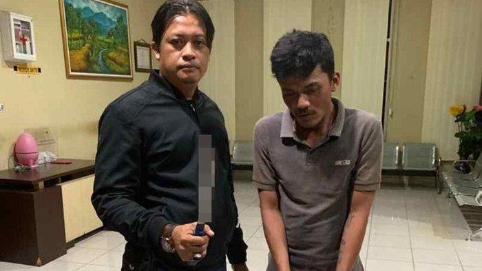 Kedapatan Bawa Pedang Saat Nongkrong, Pria Ini Digaruk  Petugas Tekab 134 Yang Lakukan Patroli