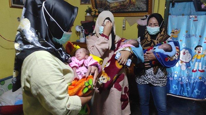 Kisah Bayi Kembar 3 di Empat Lawang, Sang Ibu Meninggal, Kini Tinggal Bersama Ayah dan Nenek