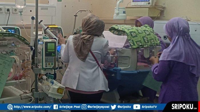 BREAKING NEWS : Kristina Warga Perumnas Sako Lahirkan Bayi Kembar 4 di RSMH Palembang, Lahir Normal