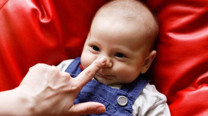JIKA Bayinya Laki-laki Diberi Nama Dinas Komunikasi Informatika Statistik, Slamet Bayar Nazar