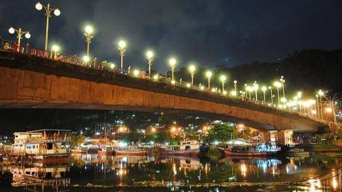 Mengintip Indahnya Pelabuhan Teluk Bayur dan Jembatan Siti Nurbaya di Kala Malam