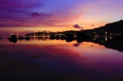 Pelabuhan Teluk Bayur di Malam Hari