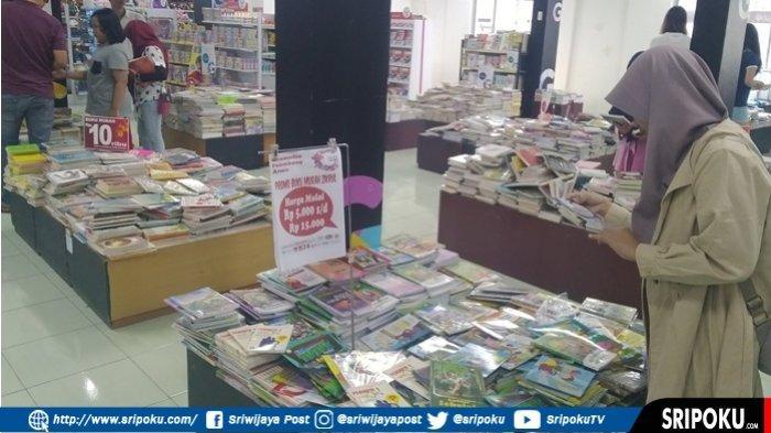 Gramedia Pusat Atmo Adakan Bazar Buku Murah Dari Harga Rp 5 Ribu Hingga Rp 20 Ribu Sriwijaya Post