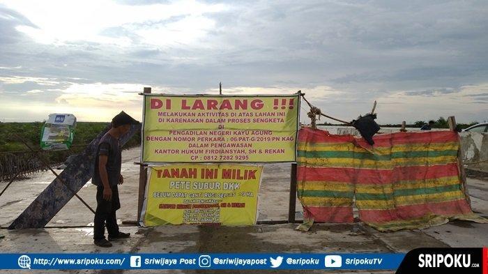 Jalan Tol Palembang-Lampung Terancam tak Bisa Dilintasi, Warga Blokade Jalan Tuntut Ganti Rugi