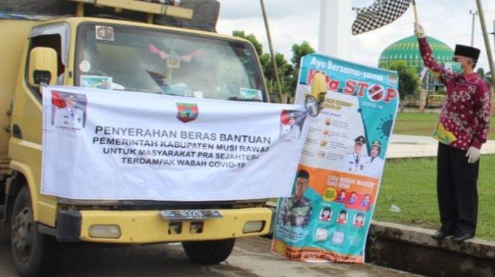 199 Ton Beras Tahap Pertama Warga Terdampak Covid-19 di 14 Kecamatan di Musi Rawas Tersalurkan