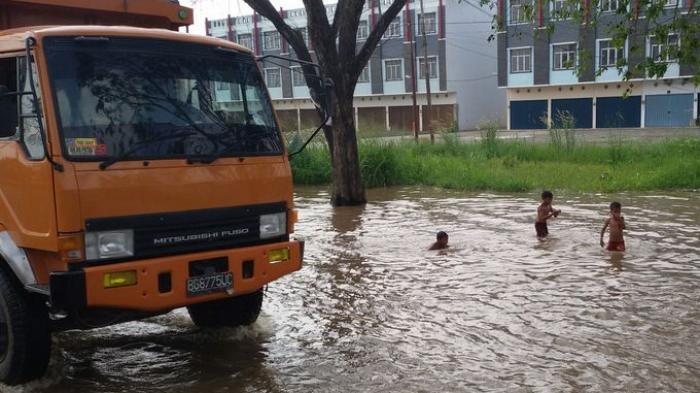 Ganangan Air di Jalan Soekarno Hatta Palembang
