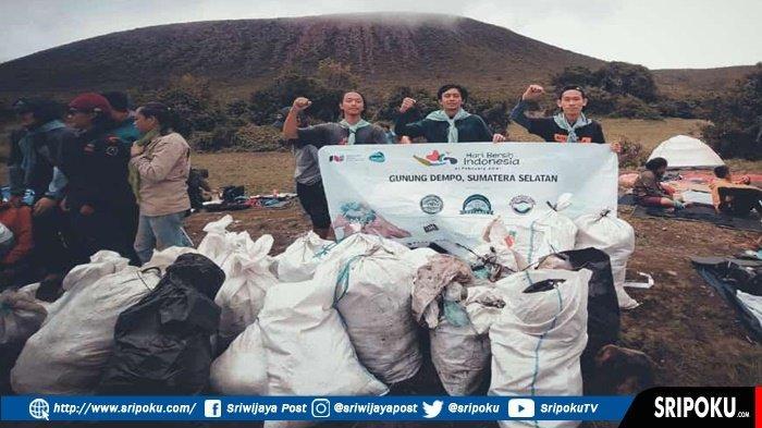 GUNUNG Dempo Pagaralam Ternyata Sangat Kotor, 3 Hari Bersih-bersih Relawan Kumpulkan 12 Ton Sampah