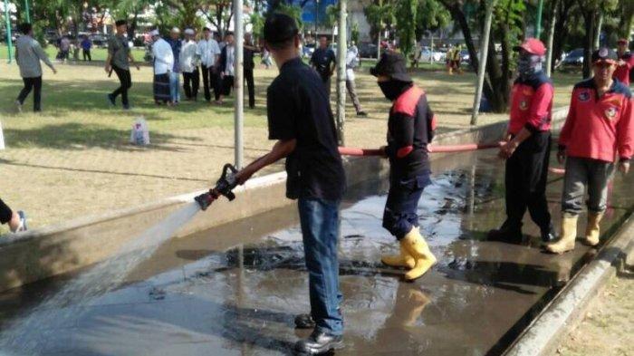 Gelar Aksi Bersih-bersih Masjid Agung Palembang, Cara Pemuda Sumsel Sambut Idul Fitri