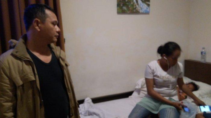 Modus Berpura-pura Lihat Barang yang Dijual, Ibu Rumah Tangga di Palembang Ini Nekat Curi Handphone