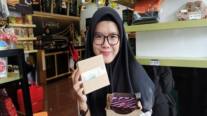 Tahu Ada Dessert Seharga Rp 2000, Ratusan Wong Kito Serbu Palembang Lamonde, Antrian Mengular