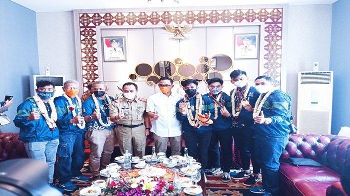 Disambut Bak Pahlawan, Olahraga Anggar Dapat Bonus Peraih Emas untuk Sumsel di PON XX Papua