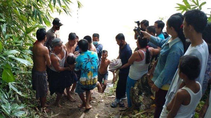 Anak SD Temukan Sosok Mayat Laki-laki Tersangkut di Kayu Sungai Ogan, Bripka Pratomo Turun Tangan